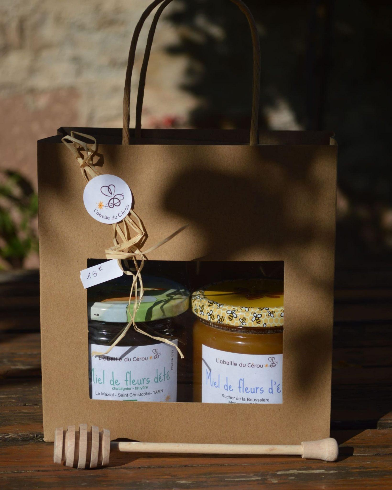 Deux pots de miel fleurs d'été 500 grammes et cuillère en bois
