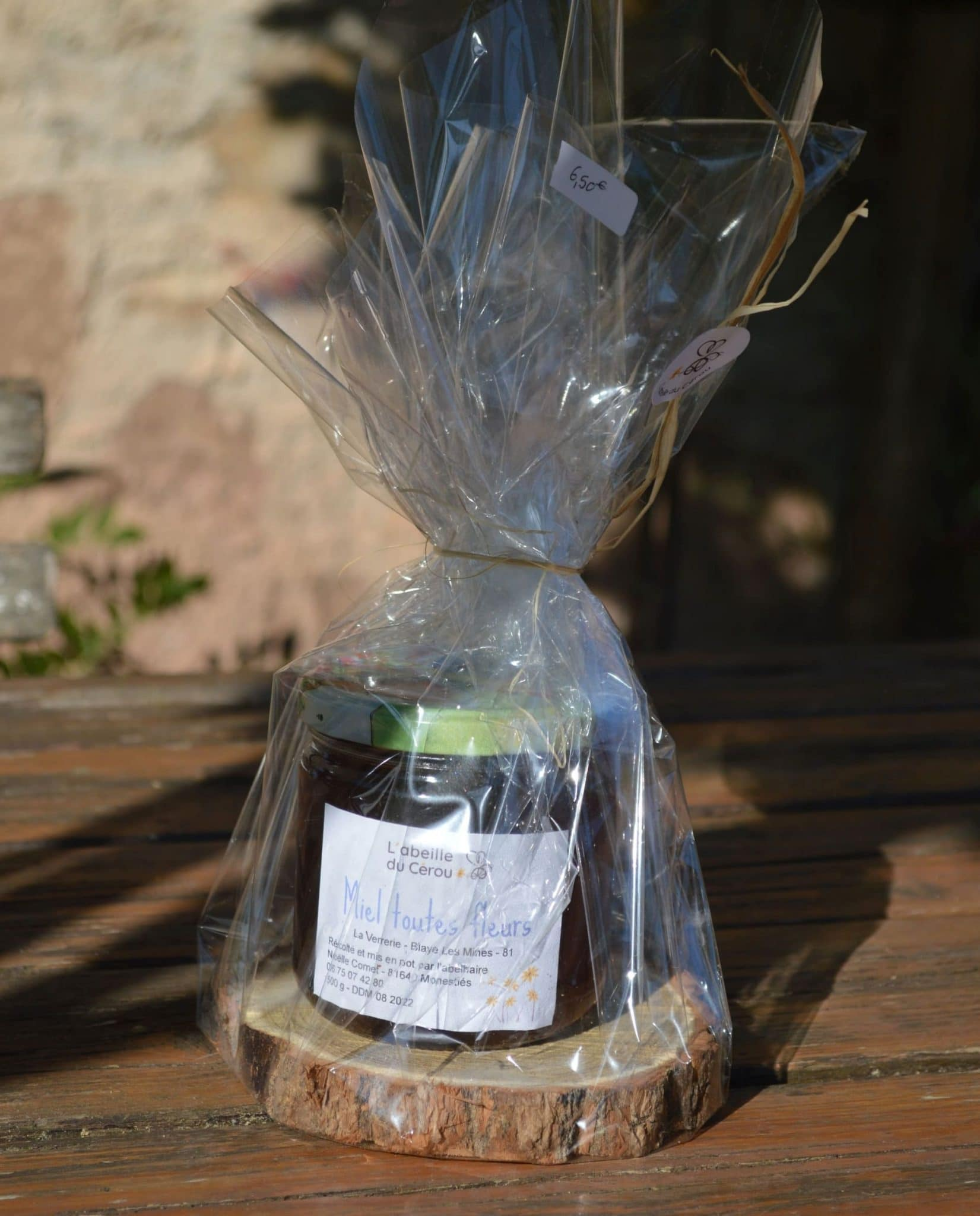 Pot de miel toutes fleurs500 grammes embalé